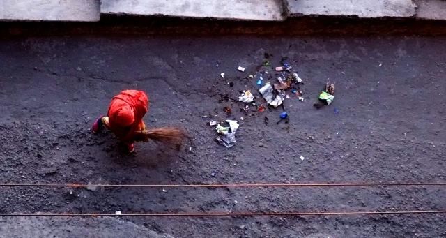 The morning sweep, before preparing all that FRESH food, Darjeeling